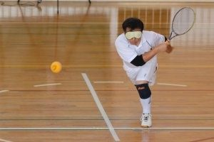 image showing vi tennis player in action